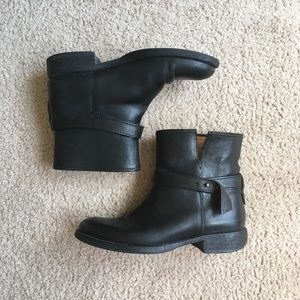 Madewell black leather biker boots size 6